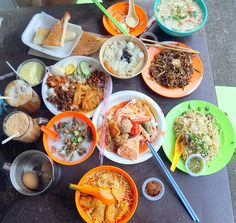 What to eat at Imbi Market - Curry Mee, Egg Toast and Hainanese Tea, Ginger Noodles with Wine & more!   Rebecca Saw