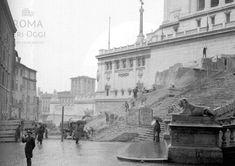 (1928) Demolizione delle abitazioni e Chiesa di S. Rita tra Vittoriano e la scalinata dell'Ara Coeli.