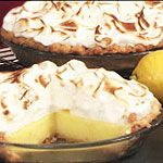 Lemon Meringue Pie First time making lemon meringue from scratch will never make boxed again it was super easy and delicious Great Desserts, Delicious Desserts, Pie Dessert, Dessert Recipes, Yummy Snacks, Yummy Food, Canadian Food, Lemon Meringue Pie, Sweet Tarts