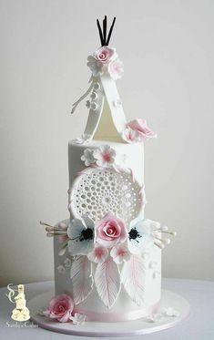 Perfect cake for a Boho wedding!