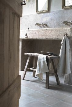 This bathroom seems so serene, and peaceful, clean, calm, and relaxing.  I want the bathroom in the Burrow to be a place of calm, and freedom of distraction.