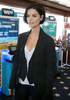The Nintendo Lounge on the TV Guide Magazine Yacht at Comic-Con International 2015 - Jaimie Alexander short hair
