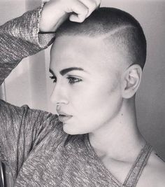 Short Hair Beauty — Opinions of her cut? http://ift.tt/1QbmWWm