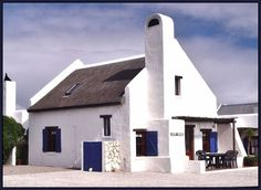 Typical building style of a fisherman's house in Paternoster South Africa Holland, Fishermans Cottage, Cape Dutch, Cabins And Cottages, Beach Cottages, Dutch House, South African Art, Dutch Colonial, Spanish House