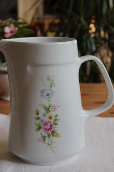 Alföldi porcelán kancsó