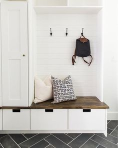 Mudroom Entryway - 15 Incredible Mudroom Organization Ideas For Simple Storage Mudroom Laundry Room, Closet To Mudroom, Mud Room Garage, Garage Closet, Mudroom Cabinets, Room Closet, Closet Doors, Living Room Designs, Small Spaces