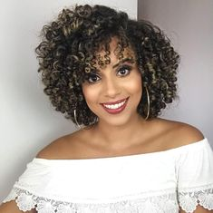 Lace Frontal Wigs Best Haircut For Thick Frizzy Hair Hairstyles For Poofy Curly Hair Best Women Curly Wigs Easy Natural Curly Hairstyles Thick Frizzy Hair, Curly Hair Cuts, Curly Wigs, Short Curly Hair, Curly Bob, Pelo Natural, Natural Hair Care, Natural Hair Styles, Curly Crochet Hair Styles