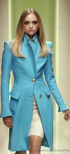 #10 from the Autum 2005/Winter 2006 Ready-to-Wear collection by Versace (© 2005)  http://gtl.clothing/a_search.php#/post/Versace/true @gtl_clothing #getthelook