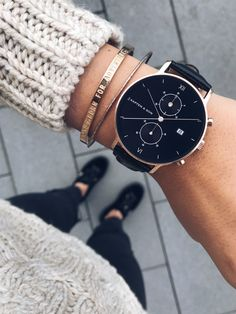 watch for her and him | mens watches | affordable luxury | chronograph | high quality | from where I stand | topdown | Chrono All Black Croco by Kapten & Son #MensFashionAccessories