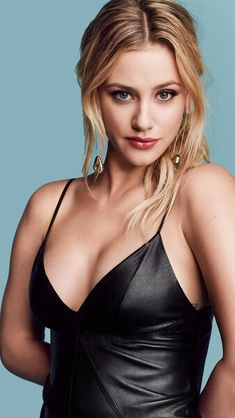 Lili Reinhart (Betty Cooper in Riverdale) Beautiful Girl Image, Most Beautiful Women, Beautiful Celebrities, Beautiful Actresses, Lilli Reinhart, Woman Crush, Girl Crushes, Pretty People, Celebs
