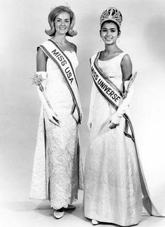 Miss Universe 1965 - The winner Apasra Hongsakula of Thailand with Miss USA Sue Downey who was placed runner-up. Miss Usa, Miss Universe Swimsuit, Miss World, Beauty Pageant, Beauty Queens, All Things, Swimsuits, Pageants, Celebrities