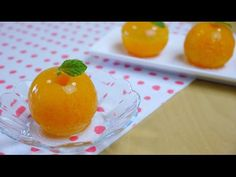 Mandarin Orange Raindrop Cake 丸ごとみかんゼリー あるいはミカン入り水信玄餅 - https://www.youtube.com/watch?v=l-CuYOf4XZc