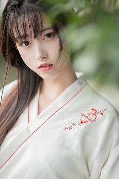 People in overland Park, Kansas to fuck. Beautiful Chinese Girl, Cute Japanese Girl, Beautiful Asian Women, Asian Cute, Cute Asian Girls, Cute Girls, Japanese Beauty, Asian Beauty, Tmblr Girl