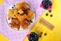SMYKWKUCHNI: Ucierane ciasto z borówkami i Nutellą