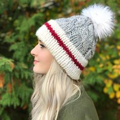 745 отметок «Нравится», 18 комментариев — Knits 'N Knots | Janine (@knitsnknotswpg) в Instagram: «Hand knit in Winnipeg, MB, this Canadian-made toque is a must-have piece for your winter wardrobe.…»