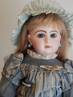 """22"""" Beautiful French Doll by Jumeau , made in France circa  1880,excellent!!"""