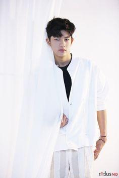 Park Solomon (박솔로몬) - Picture @ HanCinema :: The Korean Movie and Drama Database Actors Male, Cute Actors, Korean Actors, Actors & Actresses, Lee Hyun, Sweet Revenge, Kim Dong, Song Joong Ki, Perfect Boy