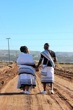 An Authentic Traditional Xhosa Wedding - South African Wedding Blog Xhosa Attire, African Attire, Wedding Blog, Our Wedding, Wedding Ideas, African Traditional Wear, African Traditions, South African Weddings, African Wedding Dress