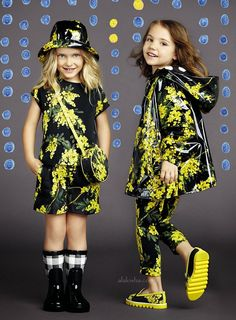 Spain in Sicily: the new Summer 2015 outfits for little ladies Dresses For Teens, Nice Dresses, Girls Dresses, Cute Raincoats, Kids Fashion, Fashion Outfits, Baby Couture, Little Fashionista, Cute Outfits For Kids