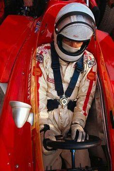 Jochen Rindt never used the thigh-belts F1 Racing, Road Racing, Le Mans, Grand Prix, Jochen Rindt, Lotus F1, Classic Race Cars, Gilles Villeneuve, Racing Events