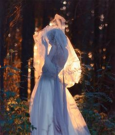 fairycrownofstars:  love and light