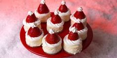 A Holiday How-To: Mini Santa Cheesecake Bites made with Sara Lee Cheesecake from @Delish.
