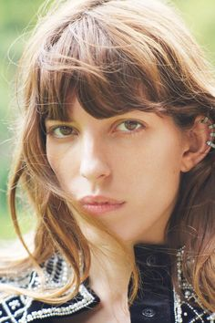 Lou Doillon - purple MAGAZINE
