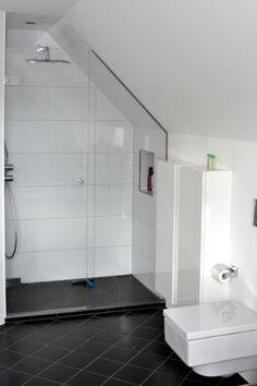 Die 10 Besten Bilder Von Bad Attic Bathroom Attic Bedrooms Und
