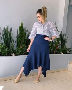 Long Skirt Outfits, Maxi Outfits, Girls Fashion Clothes, Summer Fashion Outfits, Latest African Fashion Dresses, Women's Fashion Dresses, Classy Outfits, Chic Outfits, Modest Dresses