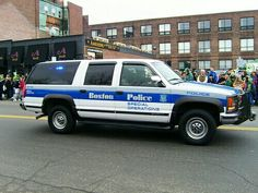 Radios, Police Cars, Police Vehicles, 4x4, Chevy, Chevrolet, Large Truck, Bug Out Vehicle, Car Badges