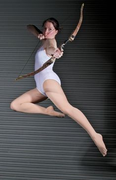 Female Archer - Pose Reference by SenshiStock on DeviantArt Female Pose Reference, Pose Reference Photo, Human Reference, Drawing Reference Poses, Female Action Poses, Reference Photos For Artists, Archery Poses, Gesture Drawing Poses, Fighting Poses