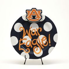 This festive War Eagle Celebrations Platter is customizable with any Coton Colors Mini Attachment* with strong Velcro. Dishwasher safe. <br /><br />*Mini attachments sold separately.<br />