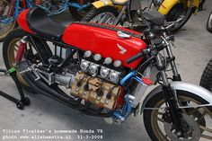 Honda v8 Cafe Racer | Honda Cafe Racer | v8 Cafe Racer | Cafe Racer | Custom Cafe Racer | Honda Cafe Racer Parts | Honda Cafe Racer Project | V8 Motorcycles | V8 Engine