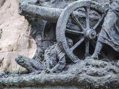 Monumento central Plaza de los Sitios-2-Zaragoza
