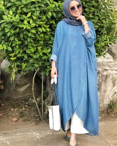The perfect addition to any Muslimah outfit, shop Neways's stylish Muslim fashion Blue - Crew neck - Denim - Tunic. Modern Hijab Fashion, Muslim Women Fashion, Hijab Fashion Inspiration, Trend Fashion, Islamic Fashion, Abaya Fashion, Fashion Dresses, Modest Fashion, Dress Outfits