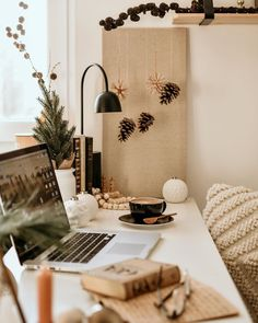 "Sabrina | Lifestyle & Interior on Instagram: ""To continue my little series of Christmas apartment snippets, I thought it would be time to show you my desk area🎄✨📸 I like the idea of…"""