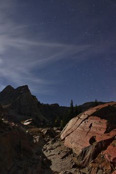 Full moon hike to Lake Blanche Utah