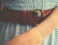 16 Simple Line Tattoo Ideas (9)