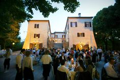 Wedding venues in Emilia Romagna, Palazzo del Poggiano, once a noble house, has not veered far from its heritage where elegance and nobility is never far away