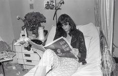 Pin By Kate Sprecher On Joey Baby 灬 W 灬 In 2020 Joey Ramone Ramones Cool Bands