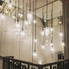 Super pretty hallway lights at yesterday's wedding venue @the_globe @swanabout