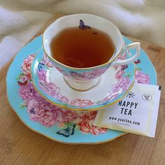 H a p p y T e a - This sunshine in a cup has been designed to increase mood, alleviate stress, ease anxiety, and awaken the senses - #organicliving #herbalremedy #naturalsolutions #anxietyrelief #naturalstressrelief #yourtea #glutenfree #HappyTea