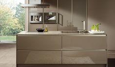 SieMatic S2 keuken in de kleur truffelgrijs