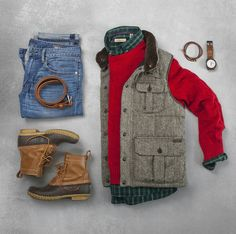 Designer men's clothes have gained more and more popularity over the last few years. are no longer just plain and uninteresting as they had been before. They come in a wider vari… Trendy Butler, Sweater Layering, Outfit Grid, Mens Clothing Styles, Clothing Ideas, Well Dressed Men, Men Casual, Menswear, Mens Fashion