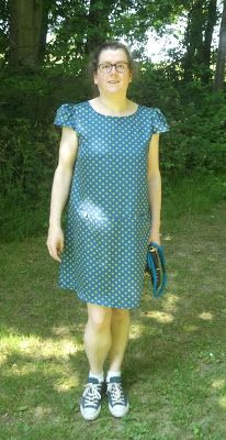 So le Tour has made it's from the high mountains of the Pyrenees and is heading for the Alps, so I have made a polka dot K. Short Sleeve Dresses, Dresses With Sleeves, Pyrenees, Fashion, Moda, Gowns With Sleeves, Fashion Styles, Fasion