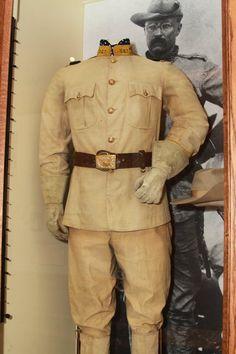The Teddy Roosevelt Collection: Roosevelt's Brooks Brothers 1st USV uniform