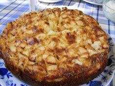 Das perfekte Berner Apfelkuchen-Rezept mit Bild und einfacher Schritt-für-Schritt-Anleitung: Eier mit Zucker cremig rühren. Mehl, Backpulver und die…