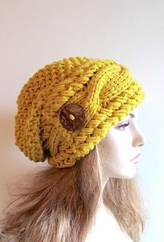 496fd65aa94 Mustard Gold Slouchy Beanie Slouch Cable Hats van Lacywork op Etsy Slouchy  Beanie