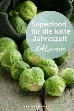 Kohlsprossen oder Rosenkohl ist ein sehr vitamin- und nährstoffreiches Wintergemüse, welches besonders in der kalten Jahreszeit genossen werden sollte. Welches gesundheitlichen Vorteile Kohlsprossen mit sich bringen, kannst du in meinem Blogpost nachlesen. #kohlsprossen #rosenkohl #wintergemüse #gesund #healthy Superfoods, Sprouts, Cabbage, Vegetables, Health Benefits, Brussels Sprouts, Food Items, Feel Better, Healthy Food