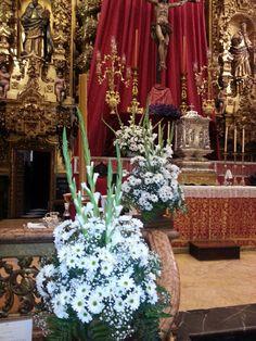Arreglos templo para boda #RamónLuque #Bodas   ramonluque.es